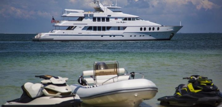 Photo of I Love This Boat