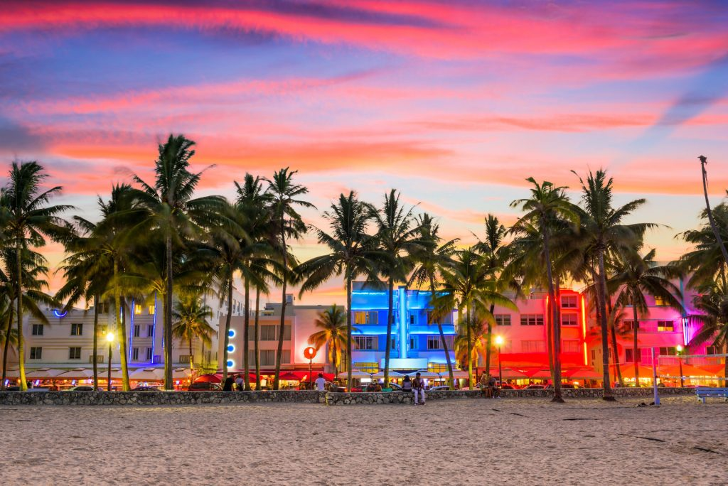 Discover Miami - PerfectYachtCharter.com